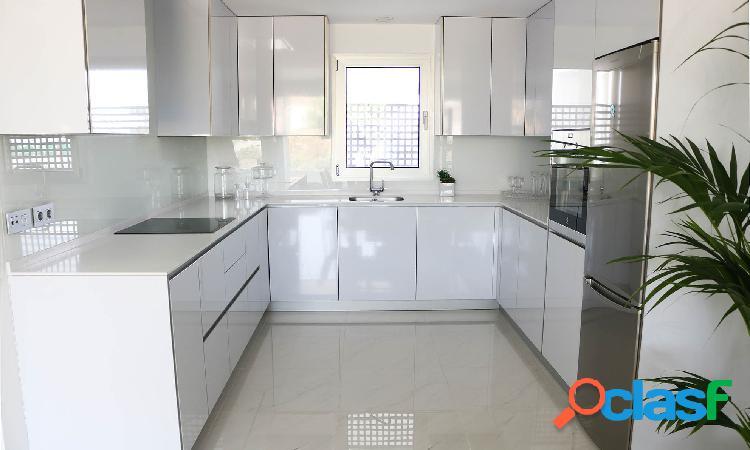 Apartamento en Estepona de estilo moderno 2