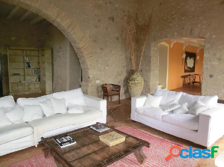 Preciosa Casa Rústica en venta en Pontós de 703 m2 1