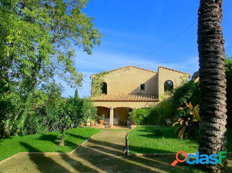 Preciosa Casa Rústica en venta en Pontós de 703 m2 2