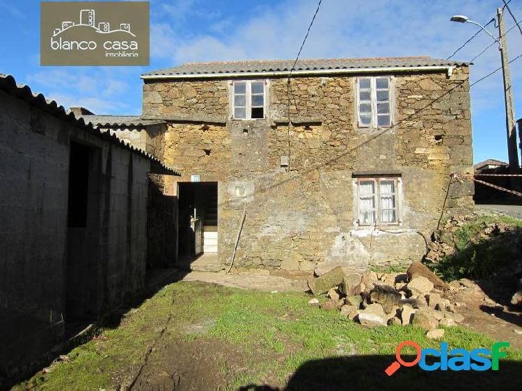 Casa de piedra con terreno y hórreo para restaurar en sofán por tan solo 40000€