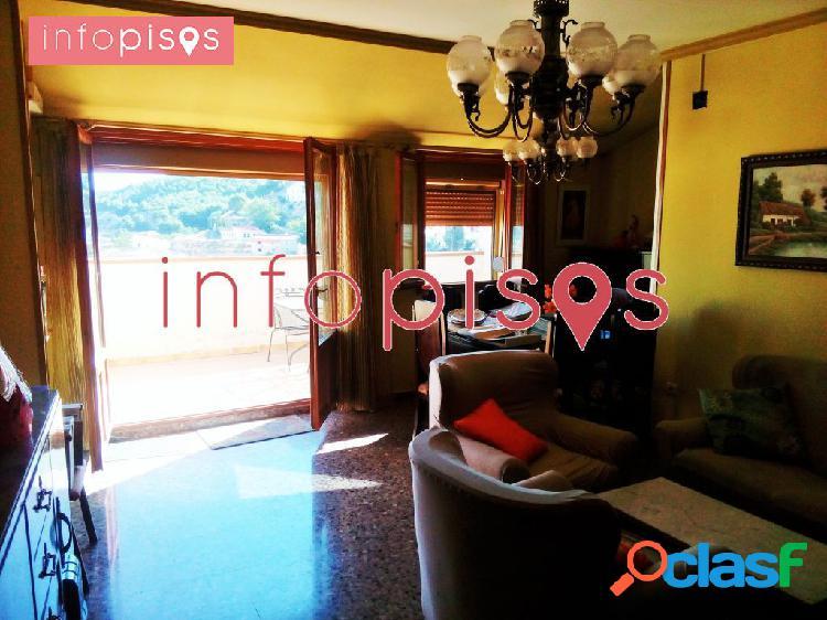 Precioso atico en centro historico de chinchilla 2 habitaciones baño completo con 110m2