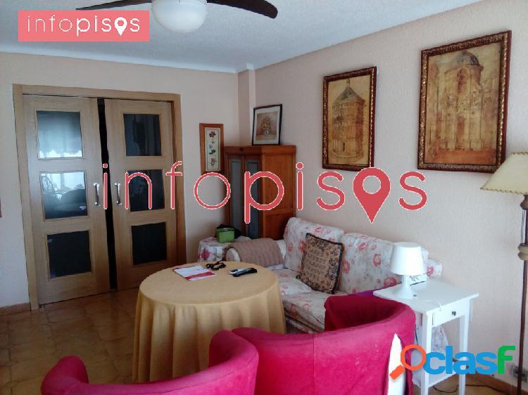 Precioso piso 4 habitaciones 2 baños garaje trastero en lo mejor de albacete