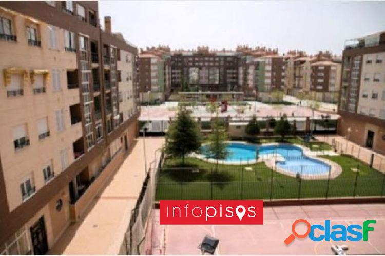 Piso en imaginalia en venta 3+2 piscina y zonas comunes