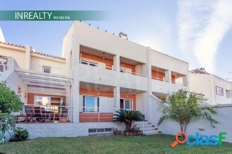 InRealty Inmobiliaria en Fuengirola vende Magnífica Casa adosada en Fuengirola-zona Castillo Sohail