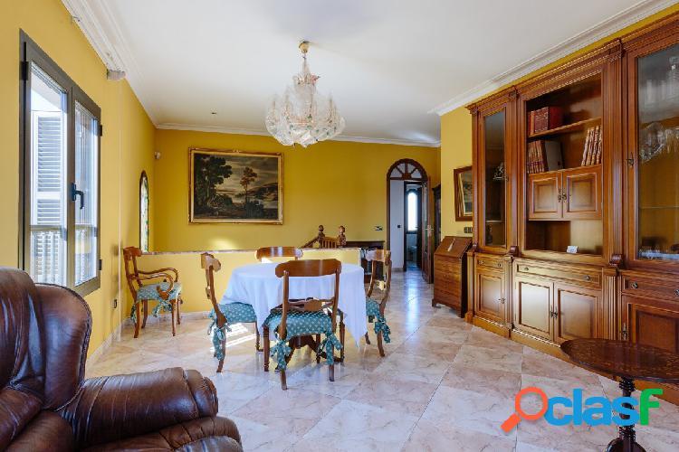 Preciosa casa a la venta en la zona amanecer, en palma de mallorca