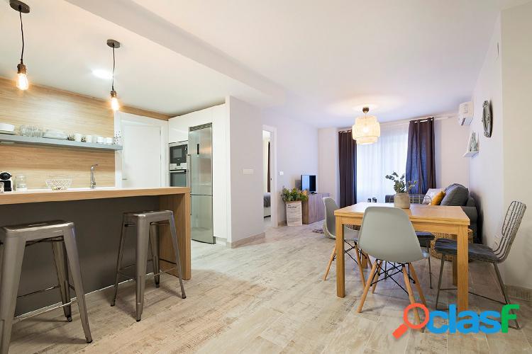 Apartamento en alquiler de diseño en pleno centro de Granada 3