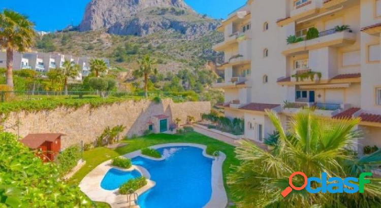 Apartment in oasis beach in mascarat in walking distance to the beach