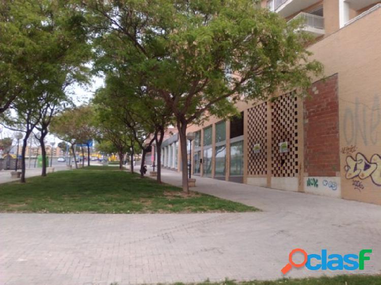 Local de 884 m2 en la ciudad