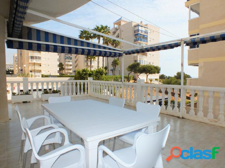 Apartamento de 3 dorm 2 baño amplia terraza piscina comunitaria y parking
