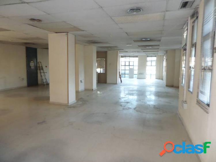 Alquiler local comercial para oficinas, 400 m2. aprox. distribida en varios despachos