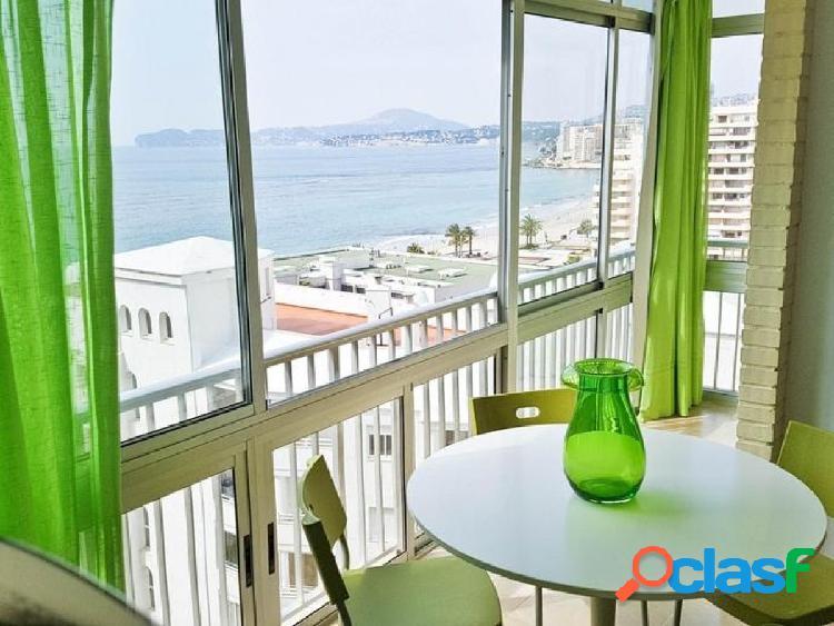 Precioso apartamento situado en la primera linea de la playa en calpe