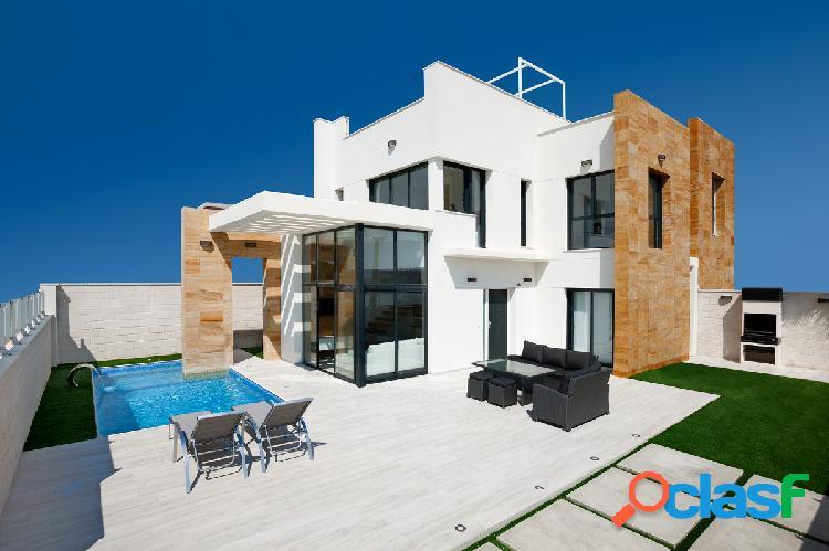 Villa de obra nueva en orihuela costa