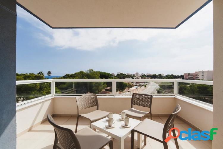 Apartamento con vista al mar.