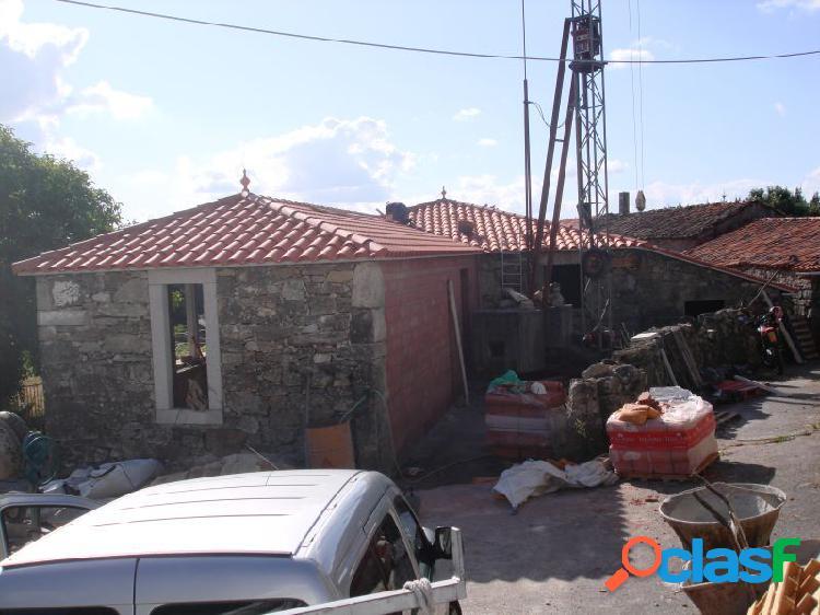Casa rehabilitada con terreno