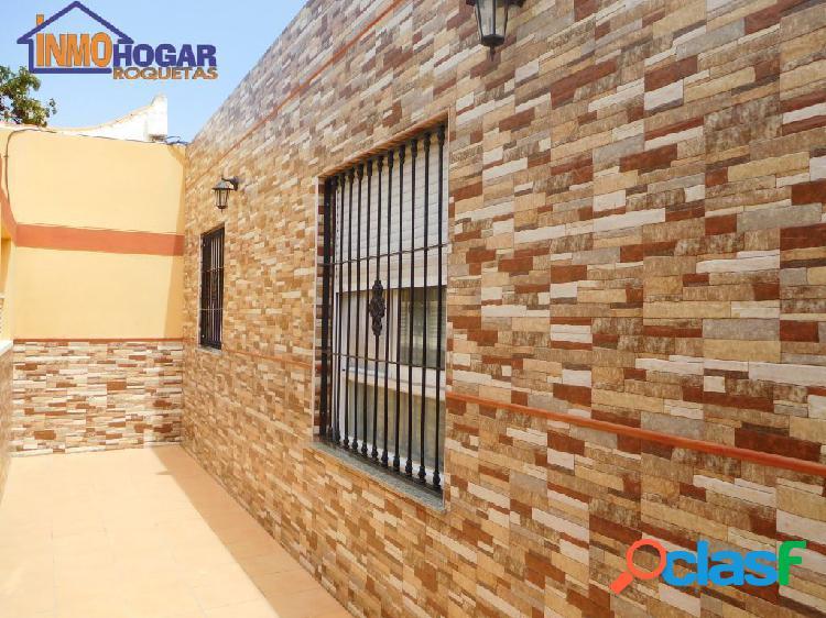 CASA PLANTA BAJA CON 600 M2 NUEVA CONSTRUCCIÓN Y LOCAL COMERCIAL 2