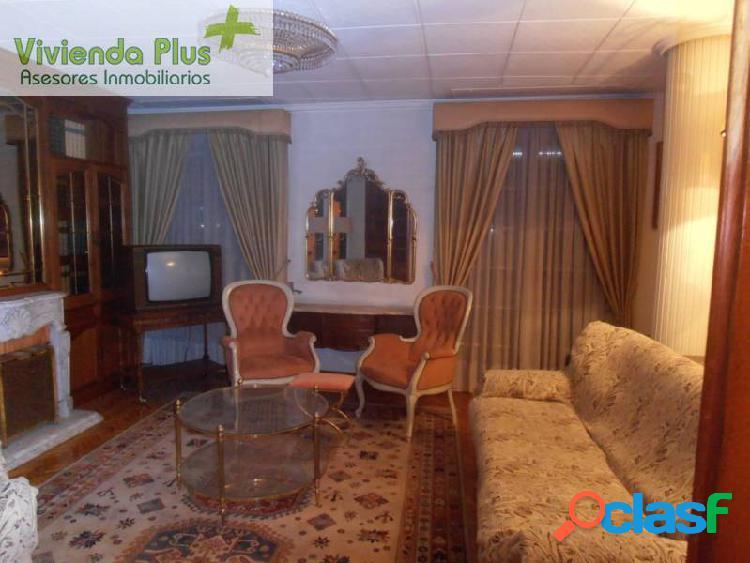 Alquiler y venta piso con muebles y ascensor en zona centro de elche