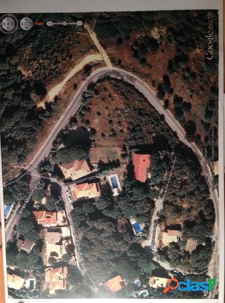 Terreno urbano 4247 m2 una o dos unifamiliares o 4 pareadas