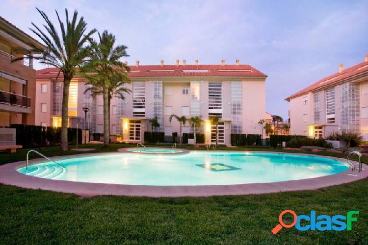 Apartment in Javea. !00 m from Arenal beach.