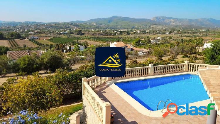 Villa estilo clasico con espectaculares vistas al valle y próxima al golf ⛳ montgo · javea ☀