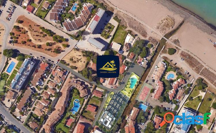 Exclusiva residencia de lujo en dénia frente al mar · las marinas | 3 dorm · 2 garajes · vistas mar