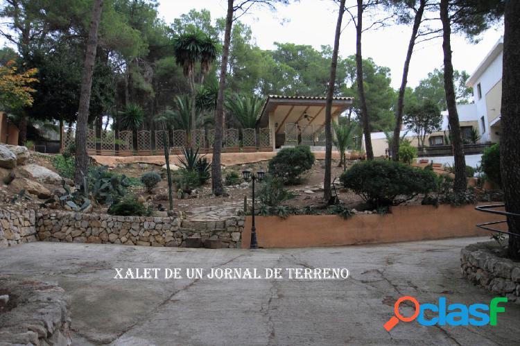 Magnifico chalet en venta en urbanización Torre Gassia, con barbacoa, garaje. 2