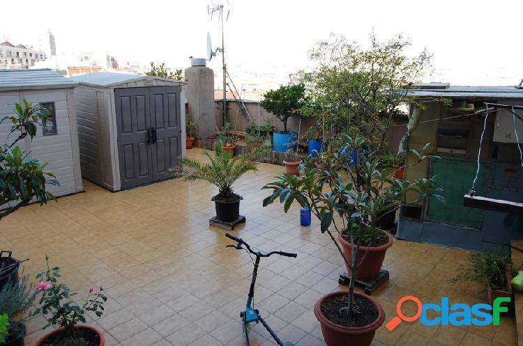 Estupendo piso con terraza 70 m2
