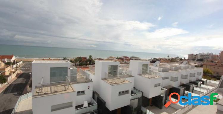 Bungalow triplex de lujo a 50m de la mejor playa de guardamar