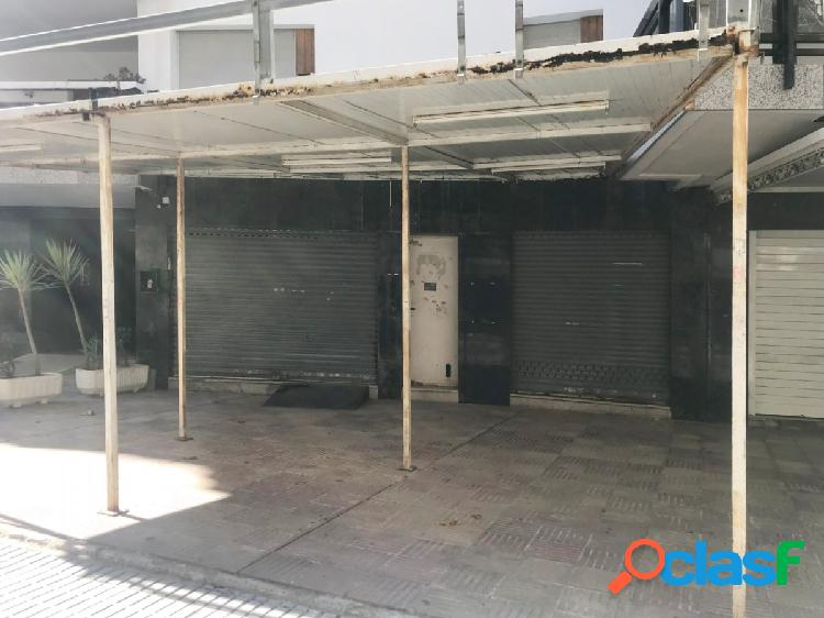 Local comercial en la calle paris, salou