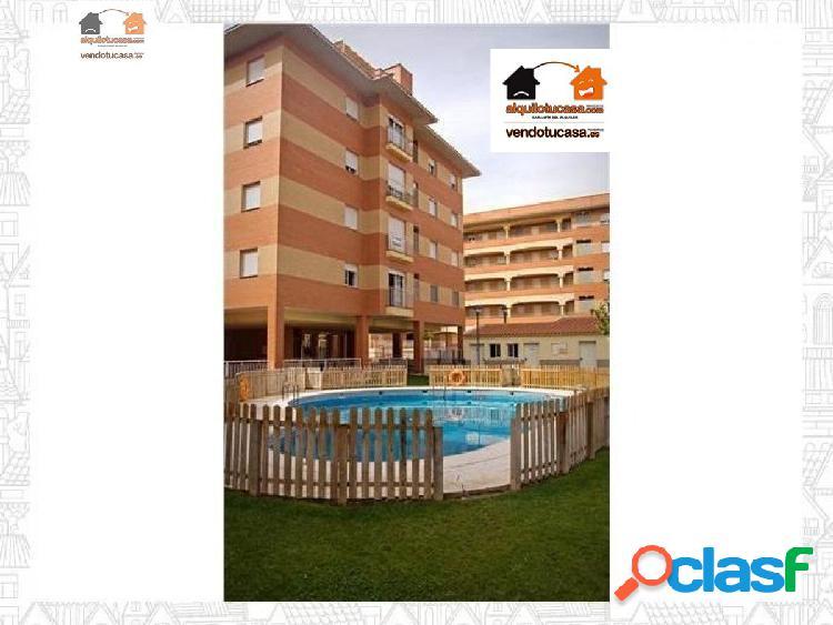 Urbanización minerva salesianos apartamento 2 habitaciones, piscina, patio,garaje.