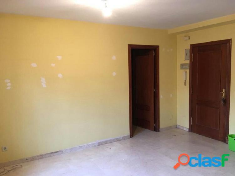 Acogedor apartamento en tres olivos