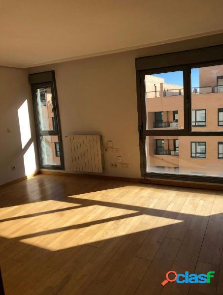 Precioso piso en las tablas