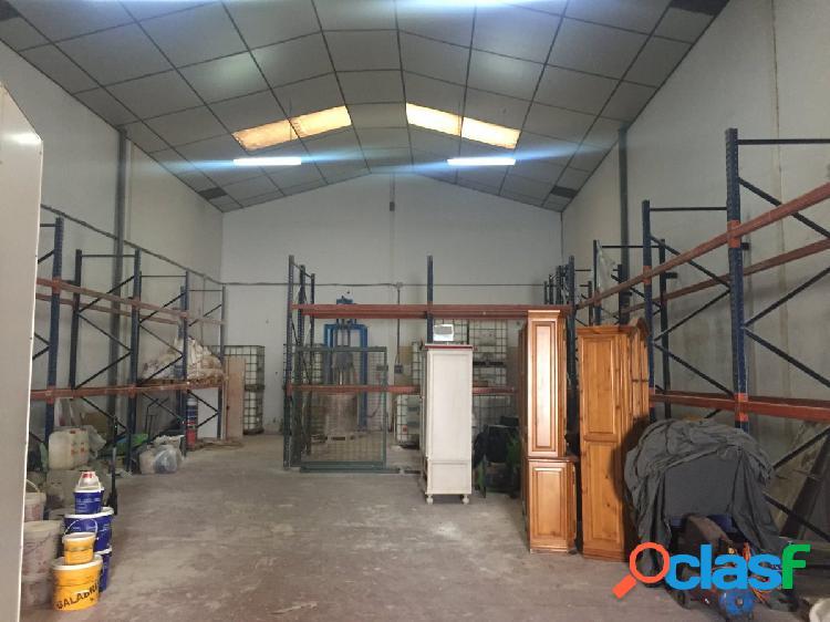 Nave industrial en venta en el poligono industrial el portal