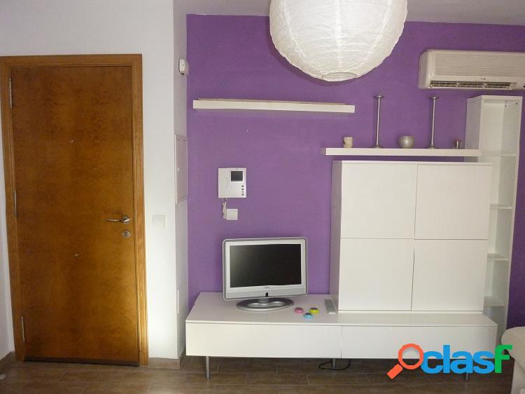 Coqueto apartamento muy céntrico y tranquilo en coín