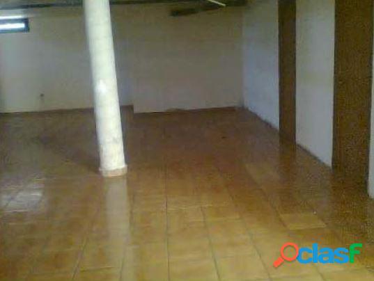 Casa unifamiliar en venta en avda. ocho de marzo, humilladero, malaga