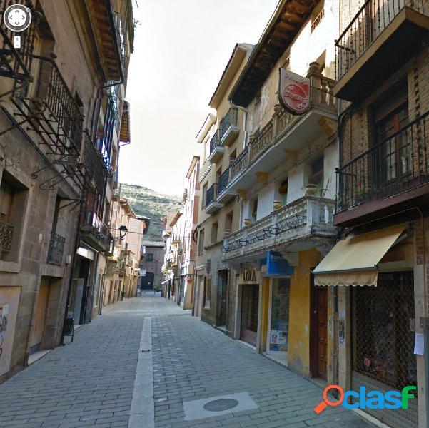 Edificio a rehabilitar en nájera en pleno centro histórico