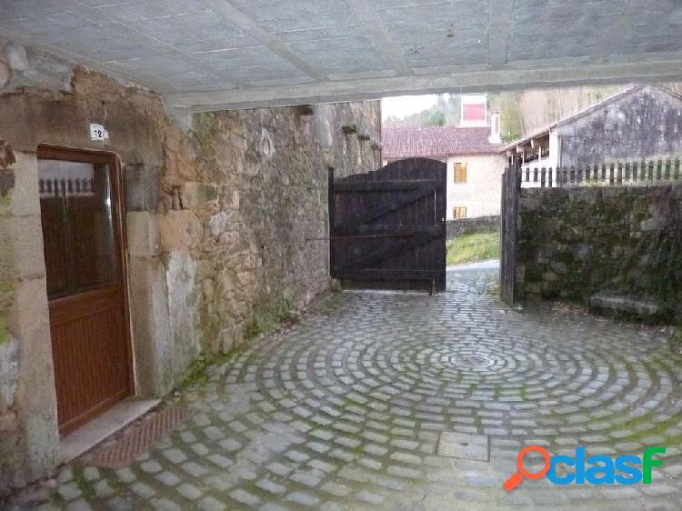Casa de piedra en venta en Mazaricos, A Coruña 1