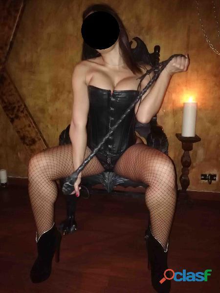 Mistress sexy y perversa tu reina tu dueña a mis pies disfrutarás de tu sumisión.