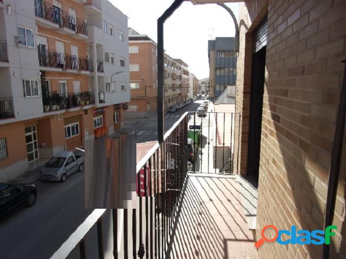 PISO en venta en LA POBLA DE VALLBONA en Valencia 1