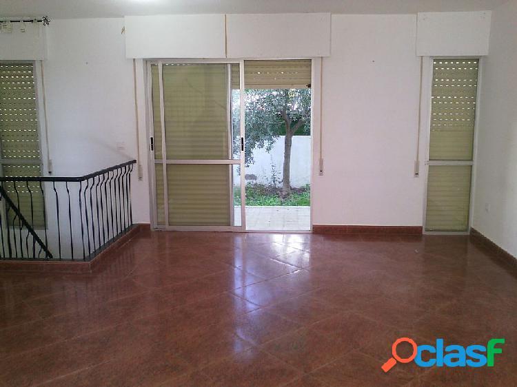 Chalet a la venta en C/ Camino del Pavo Real, Almería 2