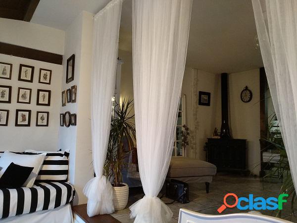 Bonita y singular casa a la venta en San Lorenzo De El Escorial (Madrid) 2