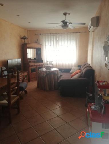 Chalet con buhardilla y terraza, listo para entrar a vivir en Lorquí. 1
