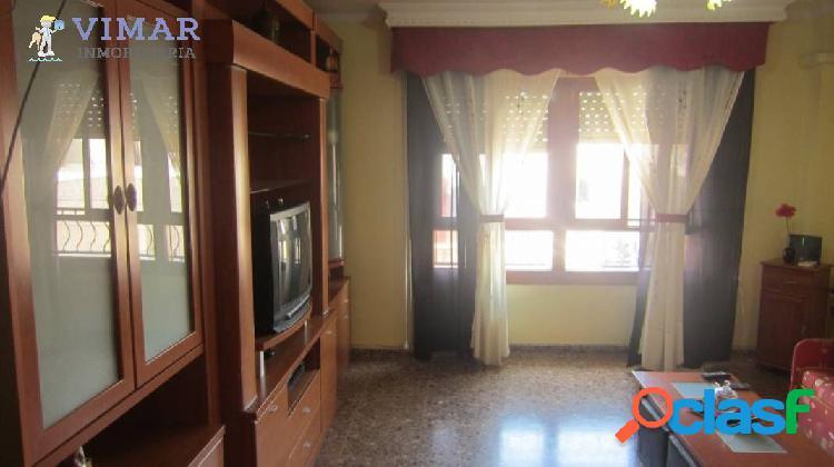 Amplio piso en zona tranquila, muy cerca del mar en Adra!! 1