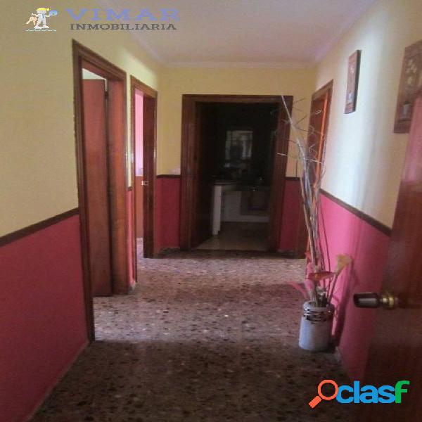 Amplio piso en zona tranquila, muy cerca del mar en Adra!! 3