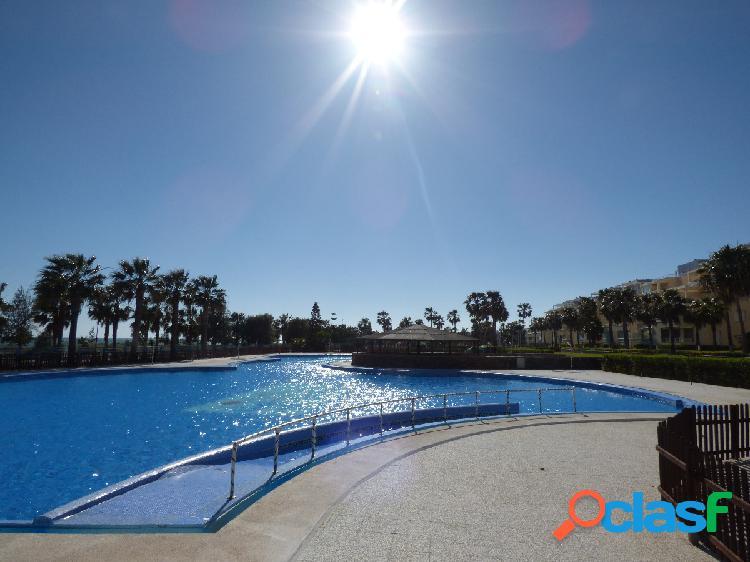 Piso en residencial sol de alborán!! a tan sólo 50 metros de la playa!
