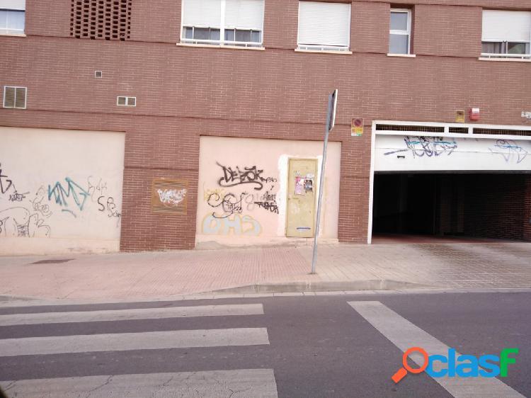 Local comercial en almeria - zona alcampo
