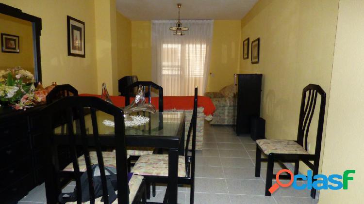 Piso céntrico con 2 amplias habitaciones
