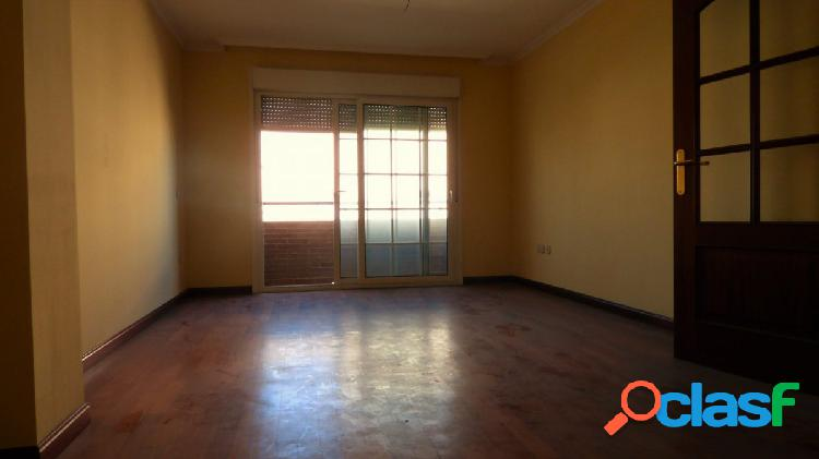 Fantástico piso, a estrenar, en centro ejido de 3 habitaciones y 2 baños