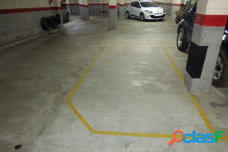 Plaza de garaje en zona set camins