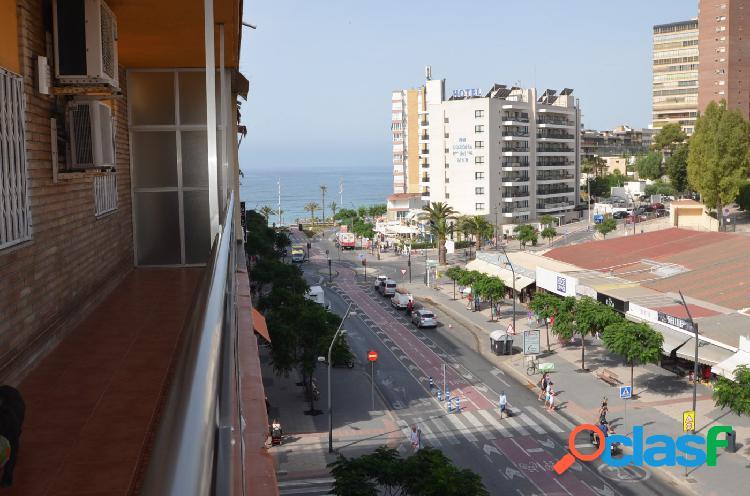 Se vende en benidorm apartamento de tres dormitorios a un paso de la playa. sevend group.es