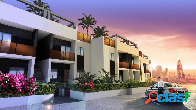 Se vende piso de nueva construcción de 3 dormitorios en planta baja con jardin
